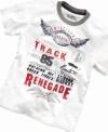 High-speed style. He'll be on the road to cool in this vintage-style t-shirt from Tommy Hilfiger.